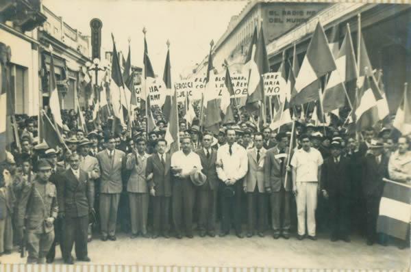 Iimagen-de-la-revolución-de-1944-foto-por-tercerainformacion.es_