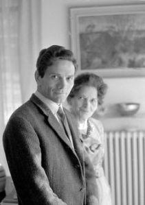 Pier Paolo Pasolini avec sa mère. début années 1960