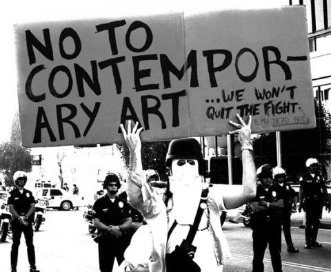 Patrick Guns - série No To Contemporary Art