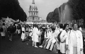 Infirmières en grève dans Paris (1988)