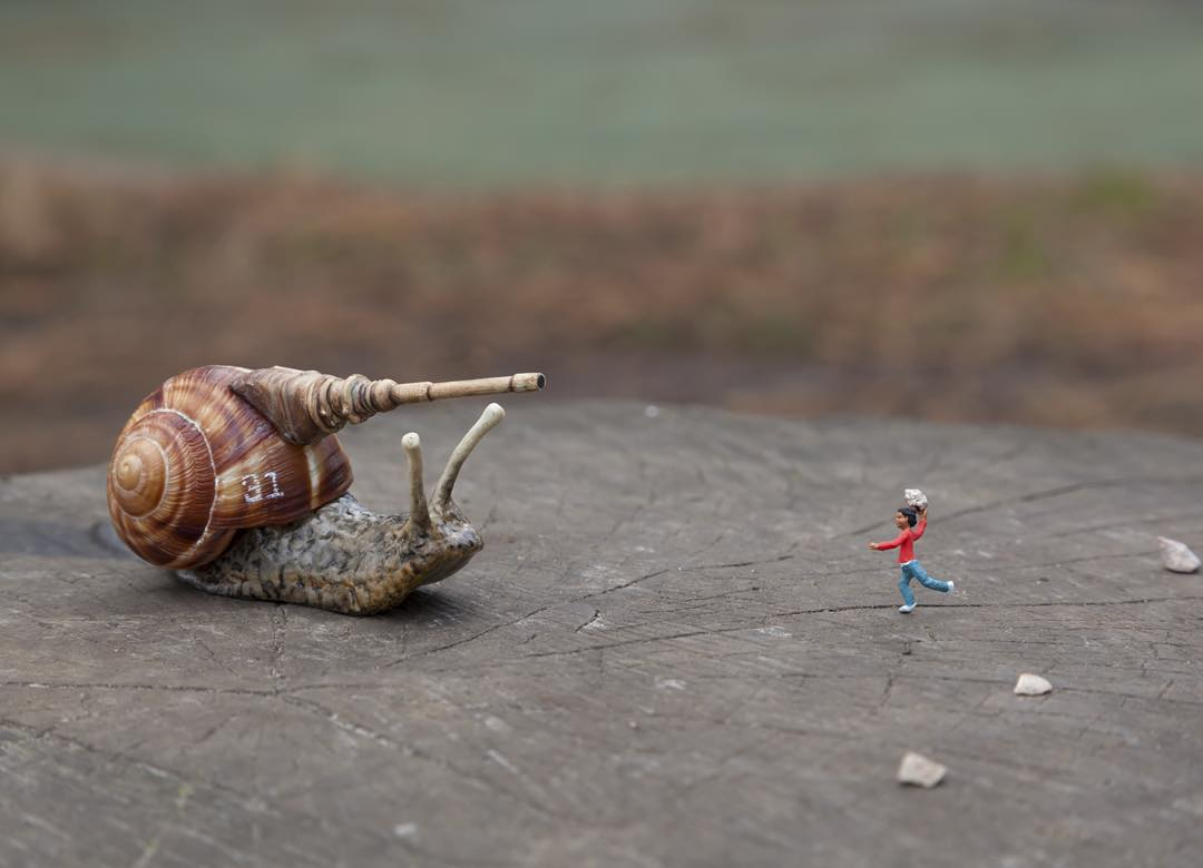 Slinkachu, PLAY FIGHTING Wandsworth Common, London, 2013