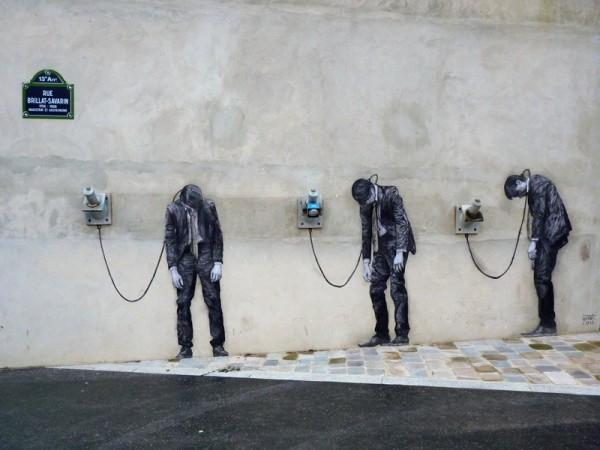 street-art-by-levalet-in-paris-france-85679546-600x450