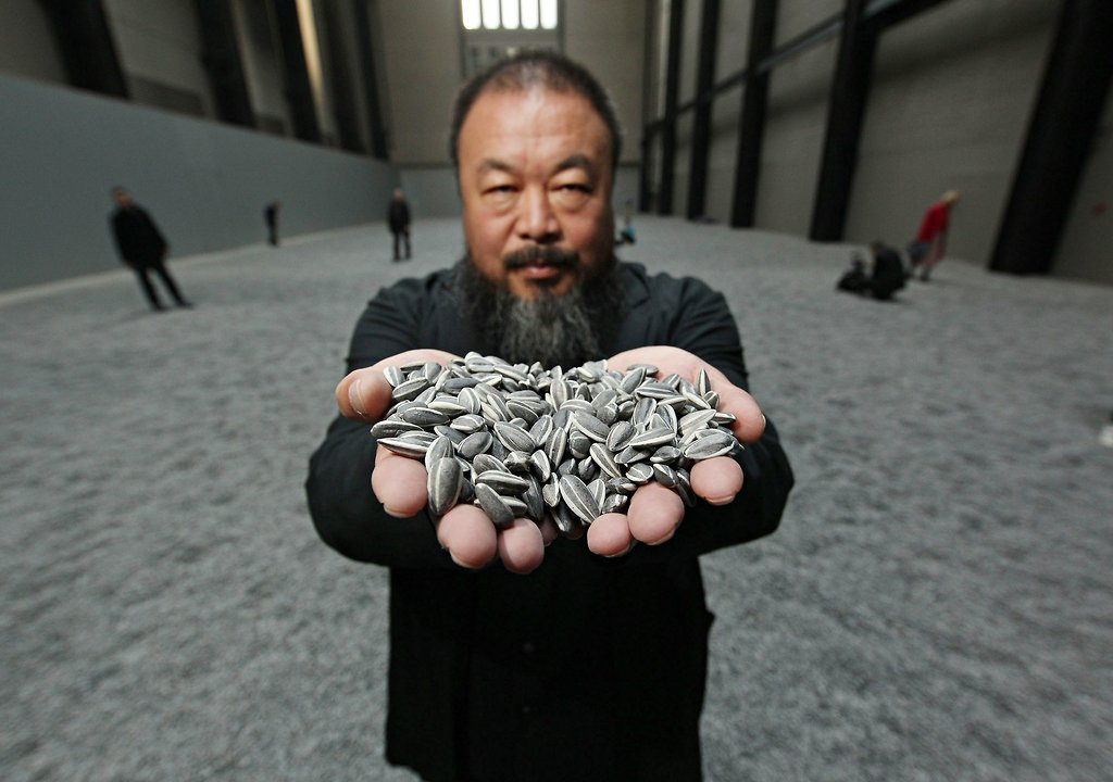 ai-weiwei-sunflower-seeds-2