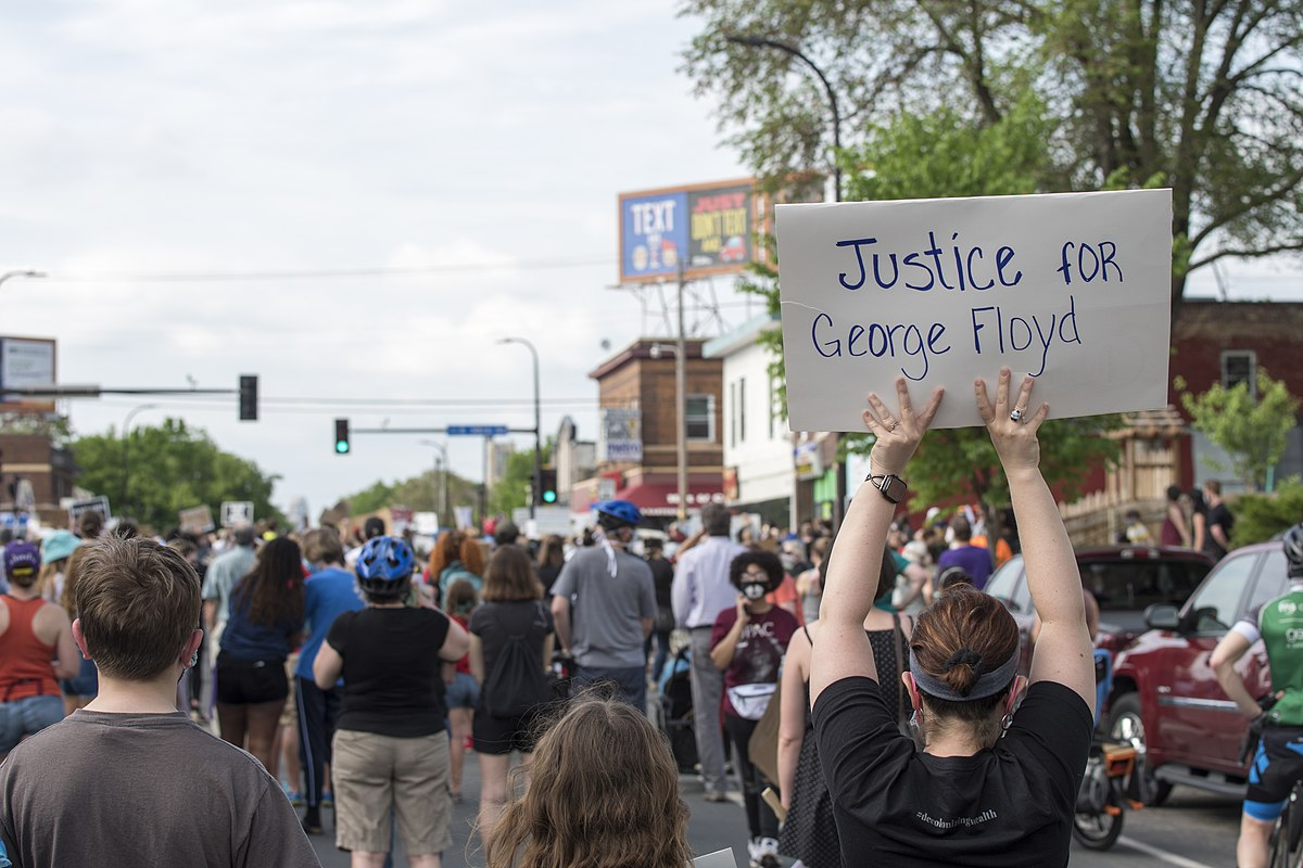 1200px-Protest_against_police_violence_-_Justice_for_George_Floyd,_May_26,_2020_25